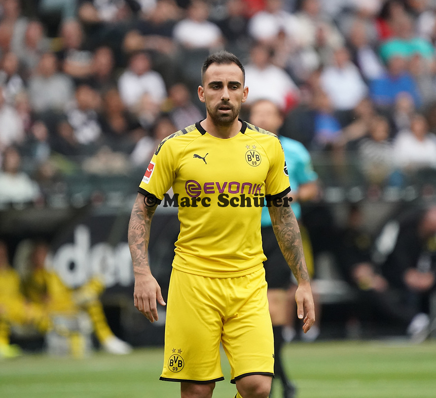 Paco Alcacer (Borussia Dortmund) - 22.09.2019: Eintracht Frankfurt vs. Borussia Dortmund, Commerzbank Arena, 5. Spieltag<br /> DISCLAIMER: DFL regulations prohibit any use of photographs as image sequences and/or quasi-video.