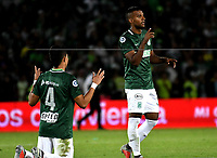 BOGOTÁ - COLOMBIA, 14-01-2019: Los jugadores de Atlético Nacional, al término de partido entre América de Cali y Atlético Nacional, por el Torneo Fox Sports 2019, jugado en el estadio Nemesio Camacho El Campin de la ciudad de Bogotá. / The players of Atletico Nacional, at the end of a match between America de Cali and Atletico Nacional, for the Fox Sports Tournament 2019, played at the Nemesio Camacho El Campin stadium in the city of Bogota. Photo: VizzorImage / Luis Ramírez / Staff.