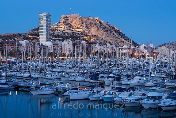 Alicante at sunset, club de regatas, Alicante