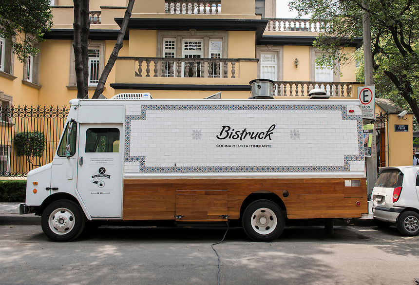 Bistruck. Foodtruck, streetfood, Mexico City