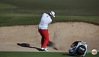 Andy Sullivan (ENG) in bunker action during the Final Round of the 2016 Omega Dubai Desert Classic, played on the Emirates Golf Club, Dubai, United Arab Emirates.  07/02/2016. Picture: Golffile | David Lloyd<br /> <br /> All photos usage must carry mandatory copyright credit (&copy; Golffile | David Lloyd)