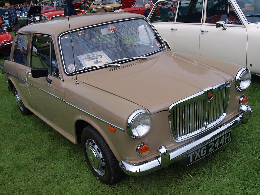 MG 1300 Saloon Cars - 1969