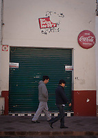 Querétaro; Qro. 03 de Enero del 2014.-  Querétaro; Qro. 02 de Enero del 2014.-  Ricardo Veraza Peñaloza presidente de la Asociación de Empresarios Turísticos de Querétaro, llama a  regular el horario para la venta de alcohol en el municipio de Querétaro, ya que dijo que aunque se tenga un horario establecido para el cierre de  bares y centros nocturnos hasta las 3 am en algunas tiendas de conveniencia se sigue vendiendo alcohol después de la hora limite.<br /> <br /> Foto: Agencia OPA