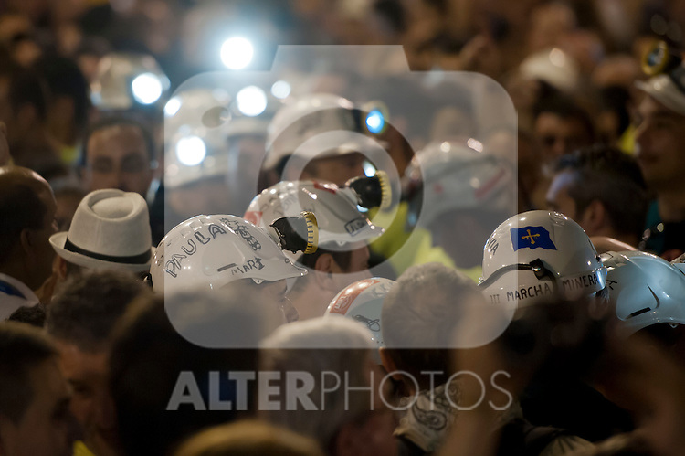 Miners night march. From Moncloa zone to Puerta del Sol July 10,2012. (ALTERPHOTOS/Ricky)
