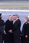President Clinton shakes hands with  Taoiseach Bertie Ahern TD.Pic Fran Caffrey Newsfile
