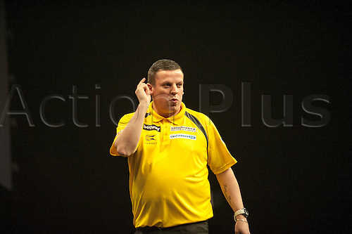09.04.2015. Sheffield, England. Betway Premier League Darts. Matchday 10.  Dave Chisnall [ENG] wins his match against  Gary Anderson [SCO]