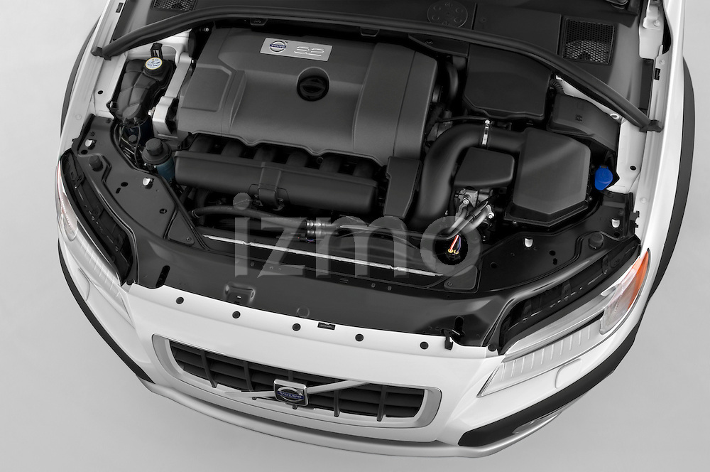 High angle engine view of a 2008 Volvo XC 70