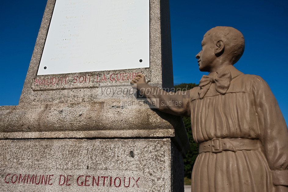 Europe/France/Limousin/23/Creuse/Gentioux : Monument aux morts le seul monument au mort contre la Guerre