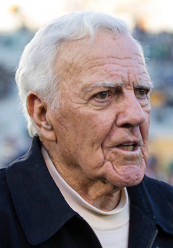 September 22, 2012:  Former Notre Dame coach Ara Parseghian during NCAA Football game action between the Notre Dame Fighting Irish and the Michigan Wolverines at Notre Dame Stadium in South Bend, Indiana.  Notre Dame defeated Michigan 13-6.