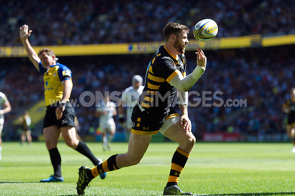Elliot Daly of Wasps celebrates his second half try. Aviva Premiership Final, between Wasps and Exeter Chiefs on May 27, 2017 at Twickenham Stadium in London, England. Photo by: Patrick Khachfe / JMP