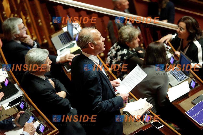 Karl Zeller<br /> Roma 19-04-2016 Senato. Mozione di sfiducia al Governo da parte del Movimento 5 Stelle, della Lega Nord  di Forza Italia.<br /> Photo Samantha Zucchi Insidefoto