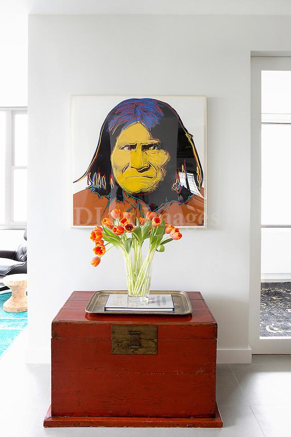 Modern portarit painting