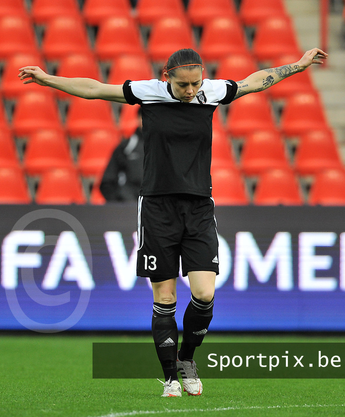 20131009 - LIEGE , BELGIUM : Glasgow's Suzanne Mulvey pictured warming up during the female soccer match between STANDARD femina de liege and GLASGOW City LFC , in the 1/16 final ( round of 32 ) first leg in the UEFA Women's Champions League 2013 in Stade Maurice Dufrasne - Sclessin in Liege . Wednesday 9 October 2013 . PHOTO JOHNY DE MEULEMEESTER