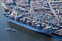 Cosco: EUROPA, DEUTSCHLAND, HAMBURG, (EUROPE, GERMANY), 20.10.2007: Container,  Cosco, Rederei, Verladung, Containerverladung, Hamburger Hafen, HHLA, Elbe, Schiff, Seeschiff, Containerschiff, Logistik, Transport, Wirtschaft, Boom, Elbe, Container Terminal Tollerort,  Luftbild, Luftansicht, Luftaufnahme, Aufwind-Luftbilder.c o p y r i g h t : A U F W I N D - L U F T B I L D E R . de.G e r t r u d - B a e u m e r - S t i e g 1 0 2, .2 1 0 3 5 H a m b u r g , G e r m a n y.P h o n e + 4 9 (0) 1 7 1 - 6 8 6 6 0 6 9 .E m a i l H w e i 1 @ a o l . c o m.w w w . a u f w i n d - l u f t b i l d e r . d e.K o n t o : P o s t b a n k H a m b u r g .B l z : 2 0 0 1 0 0 2 0 .K o n t o : 5 8 3 6 5 7 2 0 9.C o p y r i g h t n u r f u e r j o u r n a l i s t i s c h Z w e c k e, keine P e r s o e n l i c h ke i t s r e c h t e v o r h a n d e n, V e r o e f f e n t l i c h u n g  n u r  m i t  H o n o r a r  n a c h M F M, N a m e n s n e n n u n g  u n d B e l e g e x e m p l a r !.