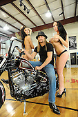 Nov 27, 2012: KID ROCK - Photosession with motorbike and girls - Detroit Mi USA