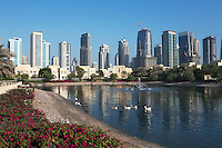 United Arab Emirates, Dubai: Emirates Hills, The Meadows (upmarket villas) and office/apartment blocks of the Dubai Marina area
