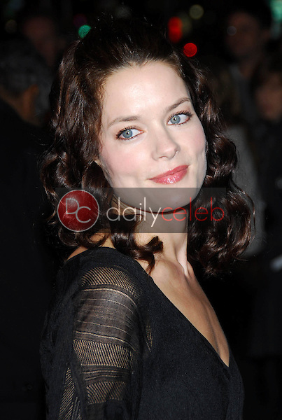 """Gina Holden<br />at the premiere of """"Final Destination 3"""". Grauman's Chinese Theatre, Hollywood, CA 02-01-06<br />Dave Edwards/DailyCeleb.com 818-249-4998"""