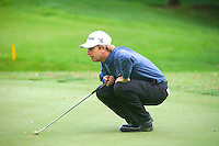 THOMASTOWN, IRELAND. David Tomms from USA lineing up his putt on the 13th green during the American Express Championship day two at the Mount Juliet Golf Club on October 1th, 2004 in Thomastown, Ireland ..Photo AFP/NEWSFILE/EOIN CLARKE..(Photo credit should read Eoin Clarke/NEWSFILE/AFP)...This Picture has been sent you under the condtions enclosed by:.Newsfile Ltd..the Studio,.Millmount Abbey,.Drogheda,.Co Meath..Ireland..Tel: +353(0)41-9871240.Fax: +353(0)41-9871260.GSM: +353(0)86-2500958.email: pictures@newsfile.ie.www.newsfile.ie.FTP: 193.120.102.198..This picture is from Fran Caffrey@newsfile.ie
