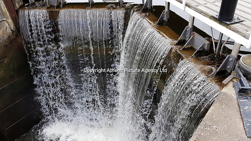 Pictured: Water running down a weir at The Helix.<br /> Re: The Helix in Falkirk, Scotland, UK. 07 April 2018