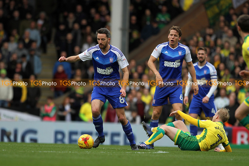 Cole Skuse of Ipswich Town runs with the ball during Norwich City vs Ipswich Town, Sky Bet EFL Championship Football at Carrow Road on 26th February 2017