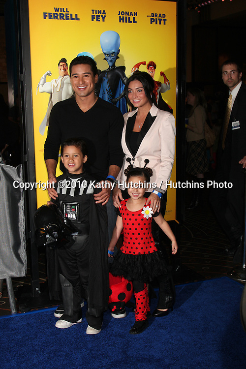 """LOS ANGELES - OCT 30:  Mario Lopez, nephew, niece arrives at the """"Megamind"""" LA Premiere & Halloween Extravaganza at Mann's Chinese Theater on October 30, 2010 in Los Angeles, CA"""