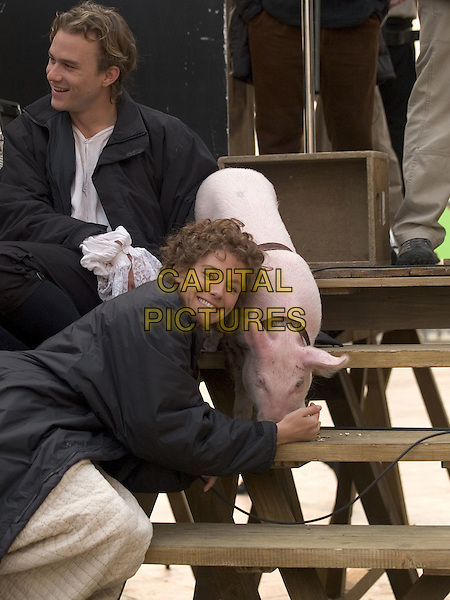HEATH LEDGER, SIENNA MILLER & BIMBA THE PIG.in Casanova.Filmstill - Editorial Use Only.CAP/AWFF.www.capitalpictures.com.sales@capitalpictures.com.Supplied By Capital Pictures.