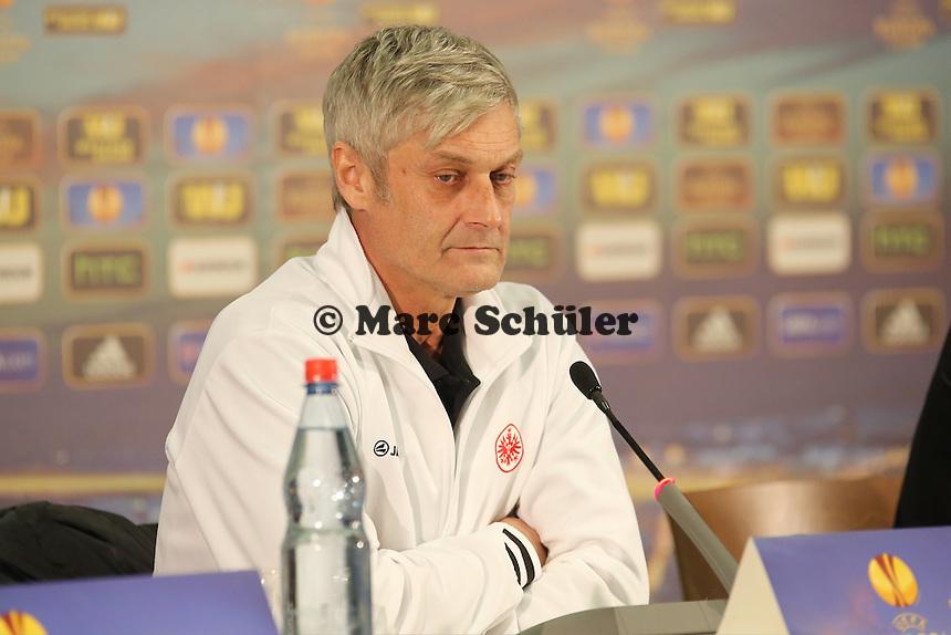 Trainer Armin Veh (Eintracht) - Eintracht Frankfurt Europa League Pressekonferenz