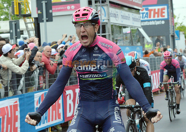 Sacha Modolo (ITA) Lampre-Merida wins a very wet Stage 13 of the 98th Giro d'Italia 2015 running 147km from Montecchio Maggiore to Jesolo. 22nd May 2015. <br /> Photo: ANSA/Luca Zennaro/www.newsfile.ie