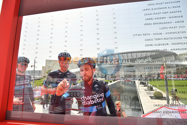Team Novo Nordisk sign on before the start of Stage 2 of the 2019 UAE Tour, running 184km form Yas Island Yas Mall to Abu Dhabi Breakwater Big Flag, Abu Dhabi, United Arab Emirates. 25th February 2019.<br /> Picture: LaPresse/Massimo Paolone | Cyclefile<br /> <br /> <br /> All photos usage must carry mandatory copyright credit (© Cyclefile | LaPresse/Massimo Paolone)
