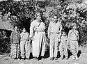 Iraq 1966? Abdul Wahab Agha Rowanduzi with an occidental visitor <br /> Irak 1966? Abdul Wahab Agha Rowanduzi recevant un visiteur occidental chez lui , entour&eacute;s de quelques enfants