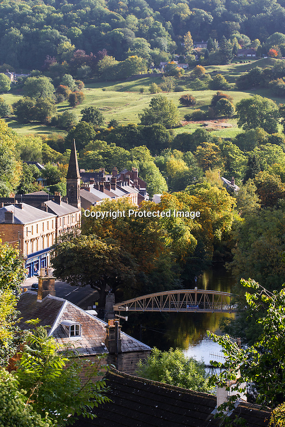 25/09/1<br /> <br /> With a weekend of good weather forecast, the spectacular autumn colours surrounding Matlock Bath and the river Derwent in the Derbyshire Peak District are illuminated by bright sunlight this morning.<br /> <br /> All Rights Reserved: F Stop Press Ltd. +44(0)1335 418365   +44 (0)7765 242650 www.fstoppress.com