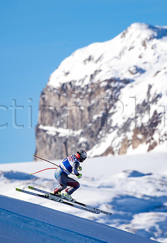 01.12.2016, Val d Isere, France.  FIS World Cup Alpine skiing , Val d Isere, Training. Beat Feuz (SUI) in action during the 2nd practice run