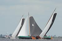SKUTSJESILEN: WOUDSEND: Hegemer Mar, 30-07-2013, SKS skûtsjesilen, Inhaalwedstrijd De Veenhoop werd gewonnen door Drachten, Twee Gebroeders, ©foto Martin de Jong