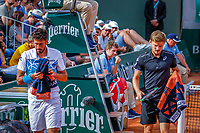 Paris, France, 27 May, 2018, Tennis, French Open, Roland Garros, Robin Haase (NED) passing his opponent Goffin (BEL) during changeover<br /> Photo: Henk Koster/tennisimages.com