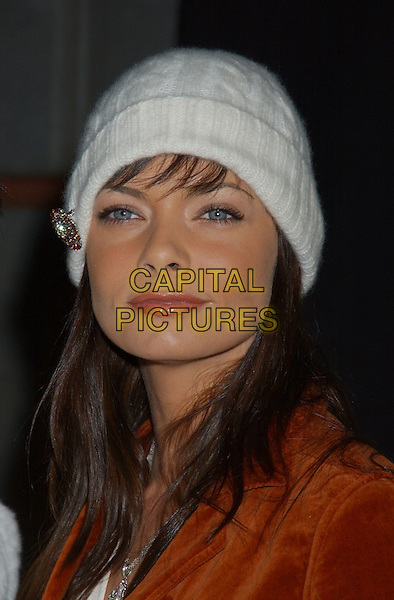 JAIME PRESSLY.Design 'Man and Woman of  Style' Awards held at Barker Hanger. .December 2nd, 2004.headshot, portrait, hat, beanie, brooch.www.capitalpictures.com.sales@capitalpictures.com.© Capital Pictures.