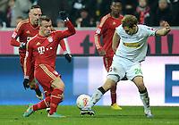 FUSSBALL   1. BUNDESLIGA  SAISON 2012/2013   17. Spieltag FC Bayern Muenchen - Borussia Moenchengladbach    14.12.2012 Xherdan Shaqiri (li, FC Bayern Muenchen) gegen Tony Jantschke (Borussia Moenchengladbach)