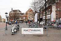 Nederland Utrecht 2015 11 07.  Gratis bewaakte Pop Up Parking voor fietsen en scooters in de binnenstad van Utrecht. Foto Berlinda van Dam / Hollandse Hoogte