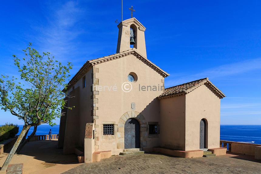 Espagne, Catalogne, Costa Brava, Sant Feliu de Guíxols, chapelle de Sant Elm, c'est depuis ce panorama que le surnom de Costa Brava est né // Spain, Catalonia, Costa Brava, chapel of Sant Elm, is since this panorama that the nickname Costa Brava was born