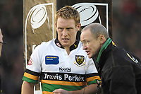 Twickenham. GREAT BRITAIN, Saints Chris MYLES receives attention, during the, Guinness Premiership game between, NEC Harlequins and Northamption Saints, on Sat., 04/11/2006, played at the Twickenham Stoop, England. Photo, Peter Spurrier/Intersport-images].....