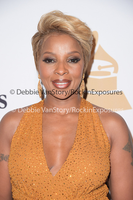 Mary J. Blige attends the 2015 Pre-GRAMMY Gala & GRAMMY Salute to Industry Icons with Clive Davis at the Beverly Hilton  in Beverly Hills, California on February 07,2015                                                                               © 2015 Hollywood Press Agency