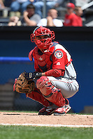 Lowell Spinners catcher Alixon Suarez (20) during a game against the Batavia Muckdogs on July 17, 2014 at Dwyer Stadium in Batavia, New York.  Batavia defeated Lowell 4-3.  (Mike Janes/Four Seam Images)
