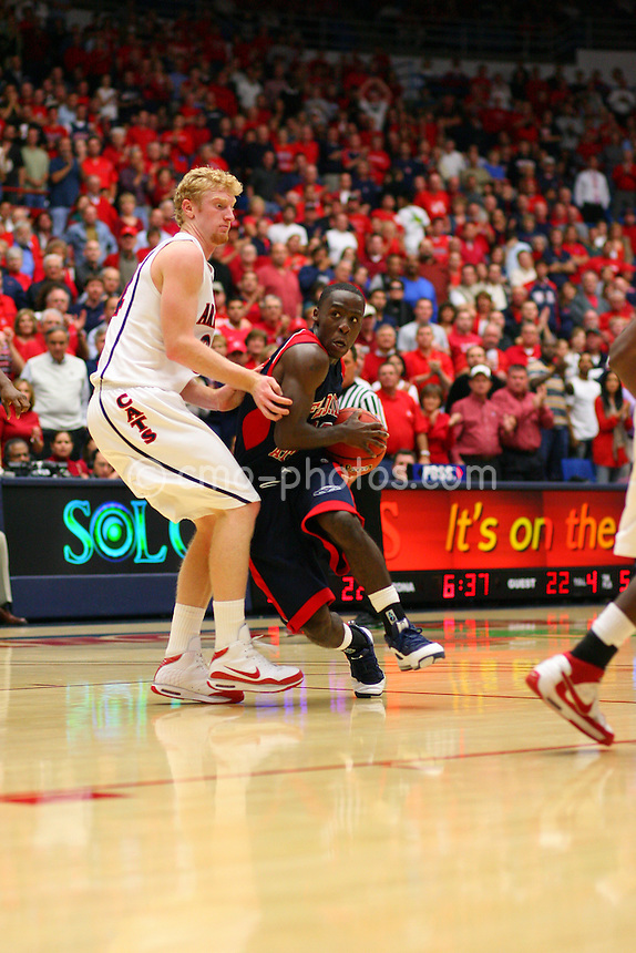 Nov 17, 2008; Tucson, AZ, USA; \tpuaXn \tpfauXn in the first half of a NIT Season Tip-Off game at the McKale Center.  Mandatory Credit: Chris Morrison-US PRESSWIRE