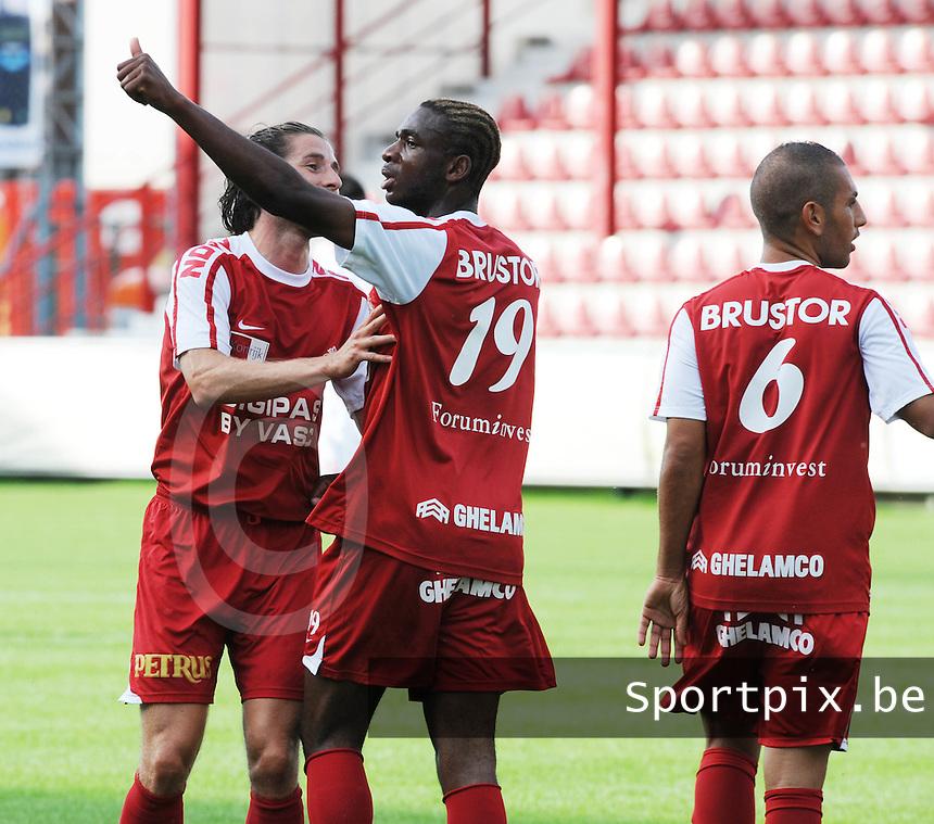 Bo Braem Cup : KV Kortrijk - Lille OSC.vreugde na de 1-0 van Ilombe Mboyo (midden).foto VDB / BART VANDENBROUCKE