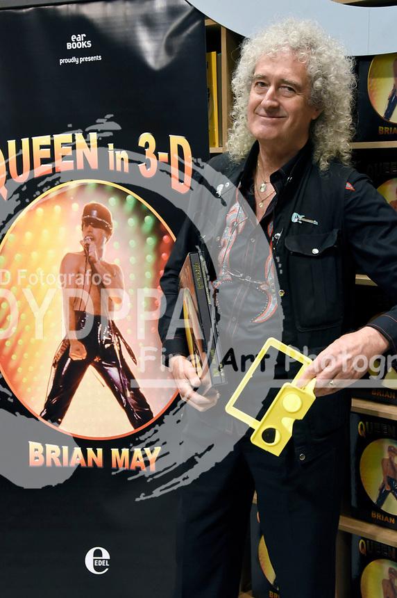 Brian May präsentiert die Band-Autobiografie 'Queen in 3D' auf der 69. Frankfurter Buchmesse 2017. Frankfurt, 12.10.2017