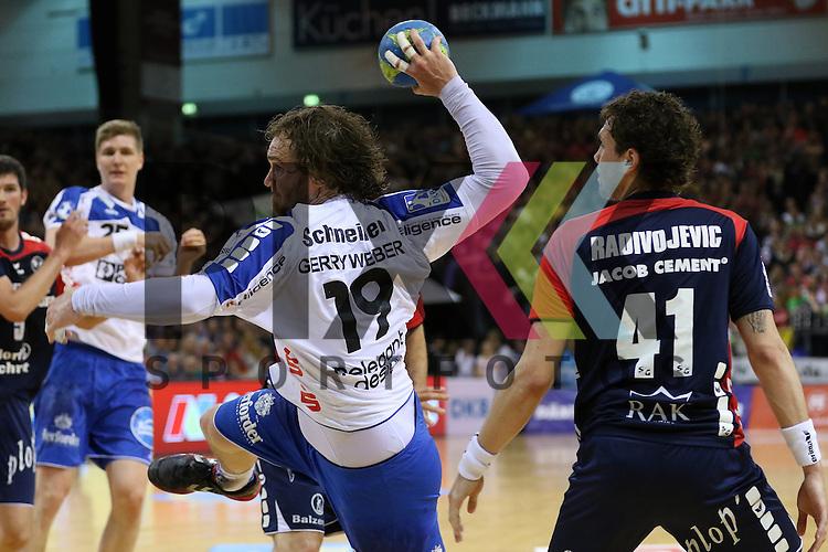 Flensburg, 16.05.2015, Sport, Handball, DKB Handball Bundesliga, Saison 2014/2015, SG Flensburg-Handewitt - TBV Lemgo : Timm Schneider (TBV Lemgo, #19), Bogdan Radivojevic (SG Flensburg-Handewitt, #41)<br /> <br /> Foto &copy; P-I-X.org *** Foto ist honorarpflichtig! *** Auf Anfrage in hoeherer Qualitaet/Aufloesung. Belegexemplar erbeten. Veroeffentlichung ausschliesslich fuer journalistisch-publizistische Zwecke. For editorial use only.
