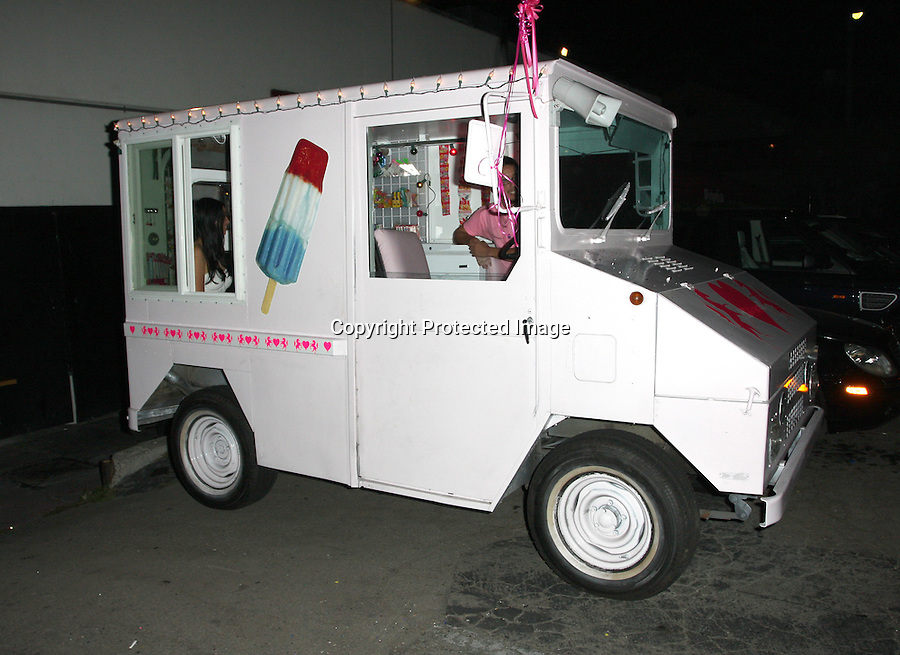 8-8-08  thursday night .Lindsay lohan celebrating Samantha Ronson 31st birthday by renting an ice cream truck and handing out snow cones and candy outside of Dolce before heading over to the night club GOA to party with Nicole richie and other celebrity friends. The name of the event was called Kiki De Monparnasse after dinner  Matsushisa ....AbilityFilms@yahoo.com.805-427-3519.www.AbilityFilms.com