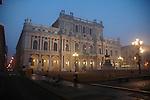 Piazza Carlo Alberto e Palazzo Carignano.