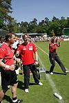 Sandhausen 10.05.2008, Torjubel auf der Bank von Gerd Dais (Trainer SV Sandhausen) in der Regionalliga beim Spiel SV Sandhausen - FC Bayern M&uuml;nchen II<br /> <br /> Foto &copy; Rhein-Neckar-Picture *** Foto ist honorarpflichtig! *** Auf Anfrage in h&ouml;herer Qualit&auml;t/Aufl&ouml;sung. Belegexemplar erbeten.
