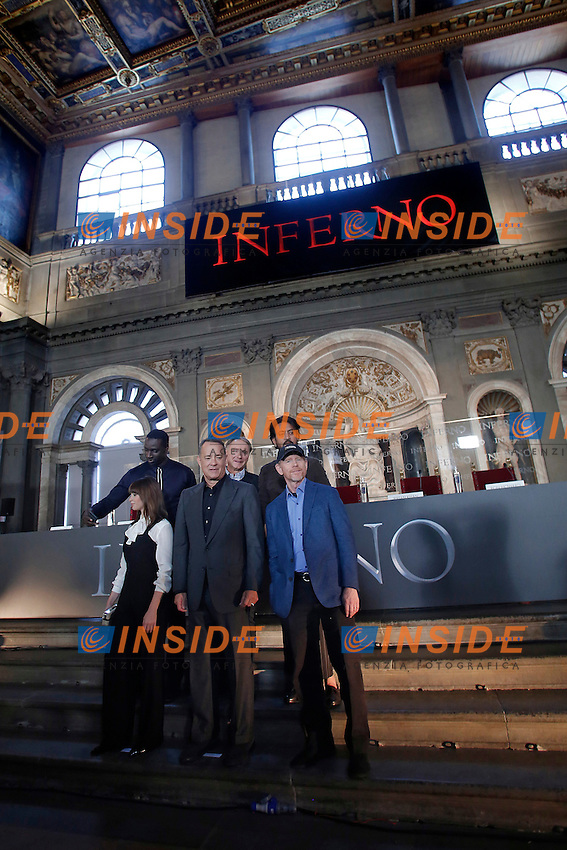 Omar Sy, Felicity Jones, Dan Brown, Tom Hanks Irrfan Khan e Ron Howard<br /> Firenze 06-10-2016. Photocall del film 'Inferno' in anteprima mondiale.<br /> Rome 6th October 2016. 'Inferno' Photocall<br /> Foto Samantha Zucchi Insidefoto