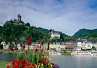 Deutschland, Rheinland-Pfalz, Moseltal, Cochem an der Mosel mit Reichsburg | Germany, Rhineland-Palatinate, Moselle Valley, Cochem at river Moselle with The Reichsburg Castle